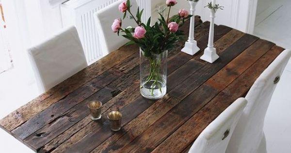 table en plancher de wagon pieds carr s menuisier ebeniste menuisier et ebeniste. Black Bedroom Furniture Sets. Home Design Ideas