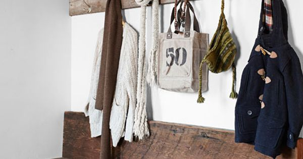 Love the rustic welcome here...with a big smile and arms stretched out