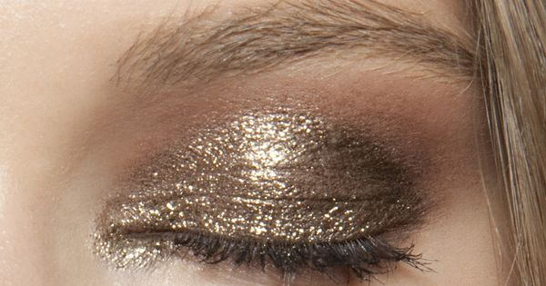 anna sui spring 2011 golden eye shadow