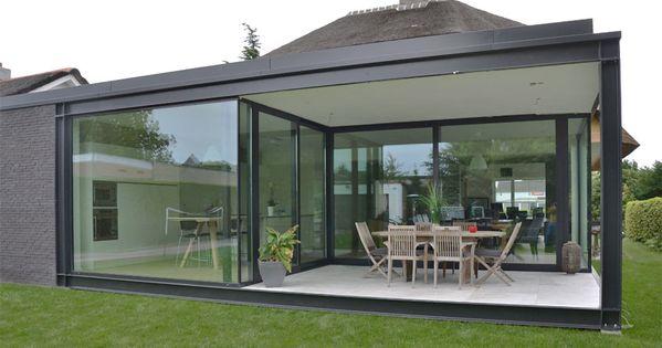 Achtergevel harmonieus contrast staal zwart wit overdekt terras hvh architecten hvh - Overdekt terras in aluminium ...