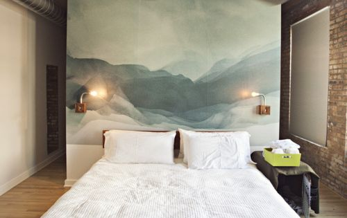 Stunning ceiling bedroom headboard ideas --Have a beautiful, large sized painting serve