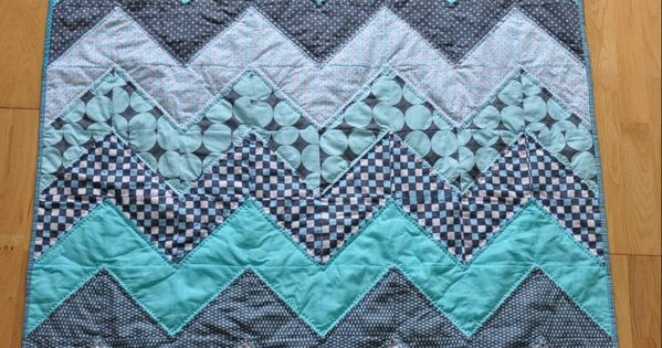chevron quilt quilted and binded! Using fat quarters.