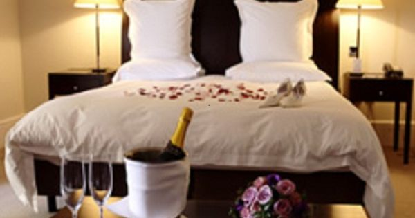 Wedding Gifts For Young Couples: Bedroom Wedding Night Bedroom Decorating Ideas Decoration