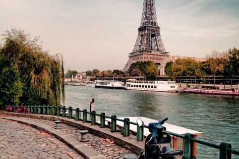 Paris France Bucket list -Scooter in Paris ~ I will get here