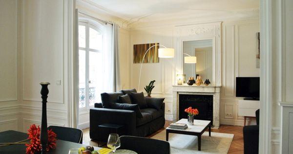 Salon haussmannien parisien et espace salle manger for Salle a manger haussmannien
