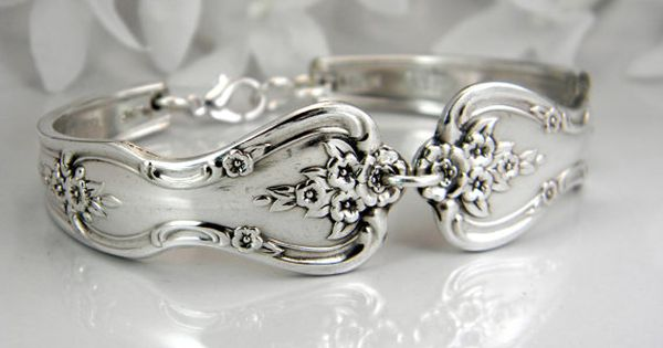 bridesmaid bracelet spoon bracelet silver by silverspooncreations styling pinterest. Black Bedroom Furniture Sets. Home Design Ideas