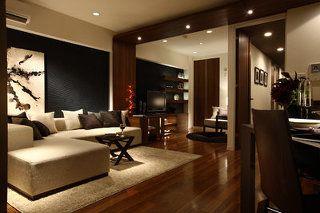 ダークブラウンのフローリング 家具の色は何が合う インテリア