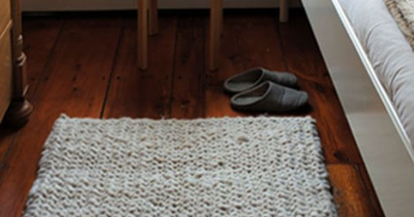 Big Stitch Knit Rug pattern - The Purl Bee - Knitting Crochet