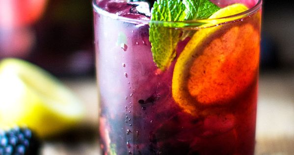 Blackberry Lemon Gin & Tonic | Gin, Blackberries and Gin And Tonic