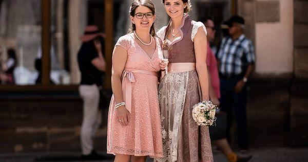 Brautmakeup Hochzeitsfrisur Hochzeitsmakeup Trachten Regensburg Makeupartist Regensburg Visagist Frisur Hairstyle Fashion Lace Skirt