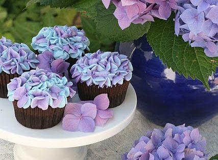 hydrangea cupcakes {tutorial}