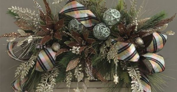 Beautiful Christmas Decorations - love the stripe ribbon