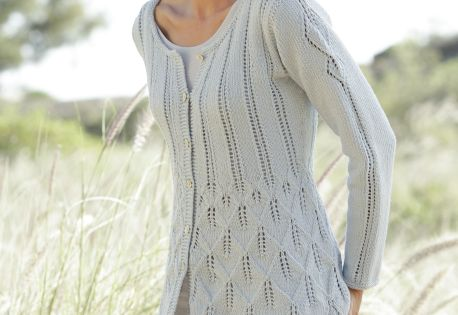 Knitting Pattern For Fitted Jacket : Fitted jacket with leaf pattern, worked top down in ?Cotton Light? Free #knit...