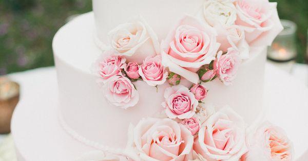 Onelove Photography | Cake: Hansen's Cakes | Florals: Bride & Bloom