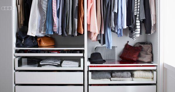 offener pax kleiderschrank in wei mit kleiderstangen und schubladen in vielen verschiedenen. Black Bedroom Furniture Sets. Home Design Ideas