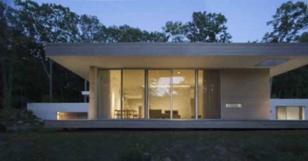 Haus mit flachdach modern trendig beige t ne bungalow for Haus modern flachdach