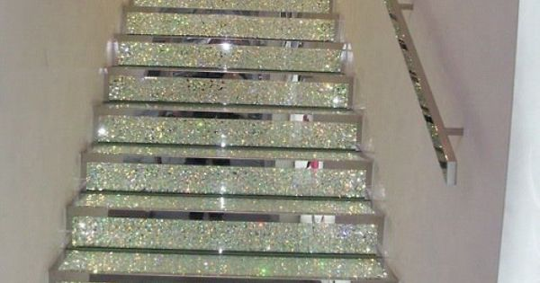 Glittery stairs! rugsnowdesign homedecor