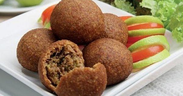 قناة أحلى صحبة برنامج جدول أكلات رمضان يوم 1 رمضان كبة مقلية ومكرو Kibbeh Recipe Recipes Kibbeh