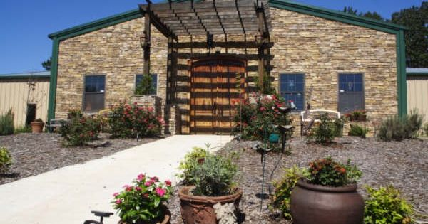 Boutier Winery 4506 Hudson River Church Road Danielsville Ga 30633 Beautiful Places Wine Country Winery