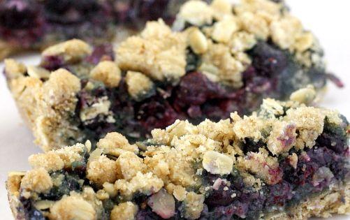 Blueberry Oatmeal Breakfast Bars (What Megan's Making)   Blueberries ...