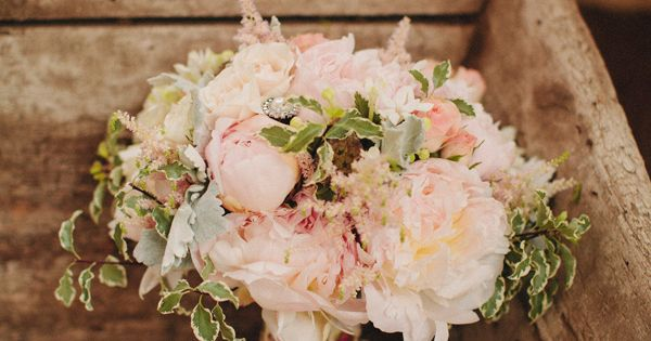 Glamorous Vintage Wedding at McCormick Home Ranch and photographed by Matthew Morgan Photography.