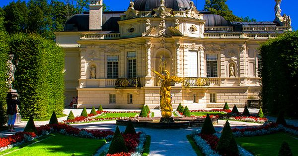 Schlosspark Linderhof Westpaterre