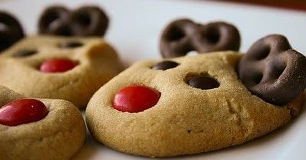 Peanut butter reindeer cookies. I want to remember this at Christmas!