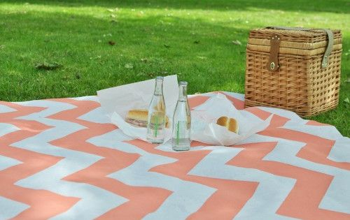 I have a picnic basket, now all I need is this chevron