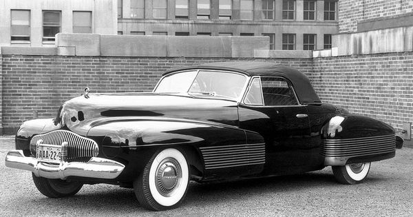 Car - 1938 Buick Y-Job Concept Car - Top Up