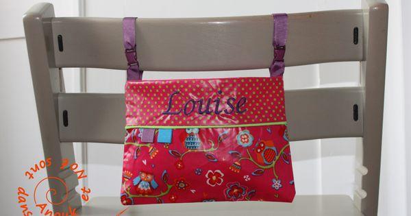 Sac de rangement pour bavoirs ou serviette de table rose for Sac rangement couture