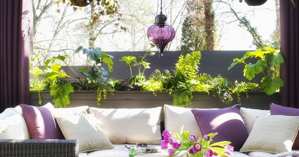 Absolutely love this! Ask a designer: Style in a small outdoor space