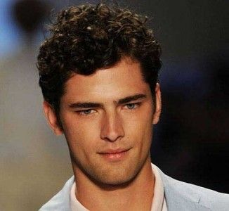 15 Male Celebrities With Curly Hair Mens Hairstyles 2016 Http Www 99wtf Net Men Inspirations Styl Curly Hair Men Men S Curly Hairstyles Boys Curly Haircuts