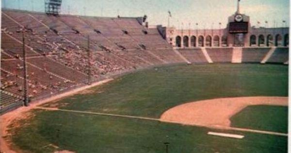 Dodgers At The La Memorial Coliseum Los Angeles Architecture Baseball Park Baseball Stadium
