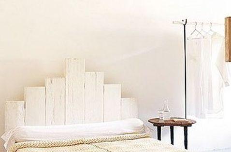 en voil une belle t te de lit aux tons naturels pour la. Black Bedroom Furniture Sets. Home Design Ideas