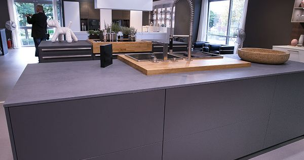 graue k che graue arbeitsplatte kitchens pinterest. Black Bedroom Furniture Sets. Home Design Ideas