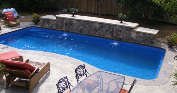 Fiberglass Pools Vs Concrete Pools Which Is Best Fiberglass Concrete Or Vinyl Liner