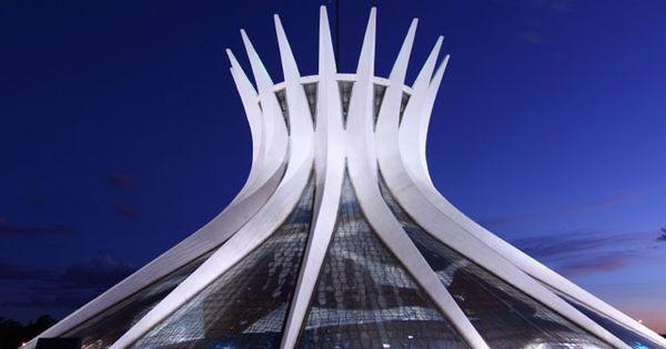 Catedral in bras lia brasil bras lia brasil for Piscina 6 x 3