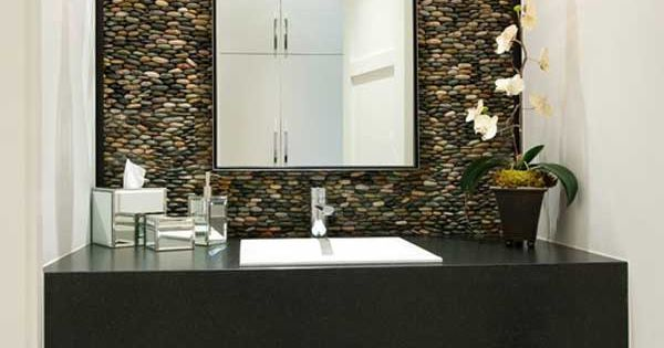 Bano con pared de piedra ba os pinterest piedra for Ladrillos traslucidos