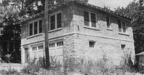 The House Bonnie And Clyde Stayed At In Joplin Missouri My