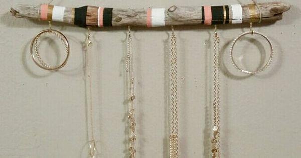 organisateur de bijoux bois flott tenture pr sentoir bijoux porte collier azt que mur de. Black Bedroom Furniture Sets. Home Design Ideas