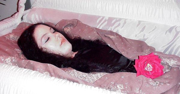 courtney in her open casket