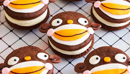 Fun kids party and Halloween treat. Homemade Monkey Whoopie Pies from @Better