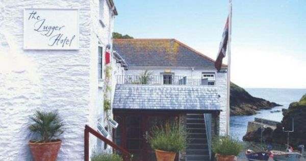 The Lugger Hotel Hotels Portloe Hotel Romantic Breaks House Styles