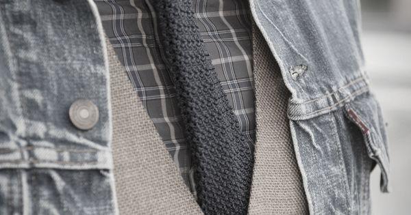 Men's fashionable denim jacket