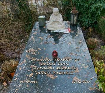 Bobby Farrell Boney M 11 12 2012 Begraafplaatsen Grafsteen Graven