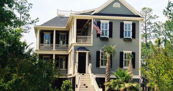 Unique Coastal Home Plan 024s 0008 Houseplansandmore Com Dream Vacation Home Plans