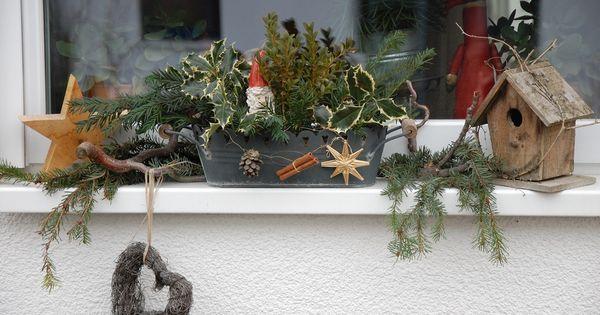 fensterbank mit weihnachtsdeko bilder und fotos weihnachtsdeko drau en pinterest. Black Bedroom Furniture Sets. Home Design Ideas