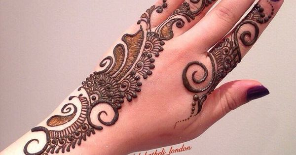 Mehndi For Hatheli : Big bold swirls with delicate details henna design by lal