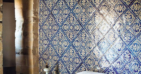 tiled wall for a bed head, blue tiles