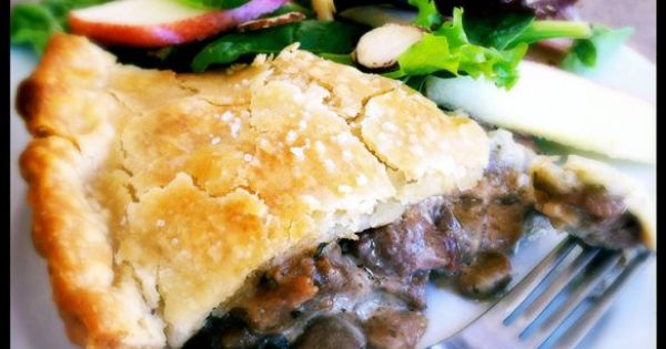 steak, mushroom and gruyere pie...delicious! | favorite recipes ...